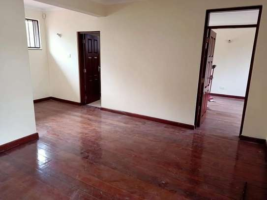 5 bedroom townhouse for rent in Brookside image 6