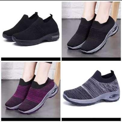 Women's sneakers image 1