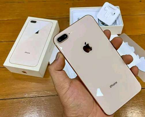 Apple Iphone 8 Plus Gold 256 Gigabytes image 1