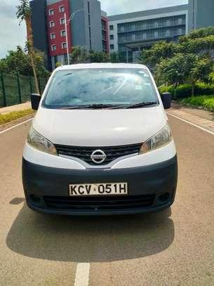 Nissan NV200 image 2