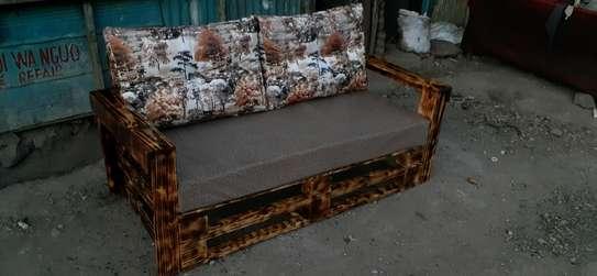 3 seater sofa/3 seater pallet sofa/pallet seats/pallet sofas/pallet furniture image 2