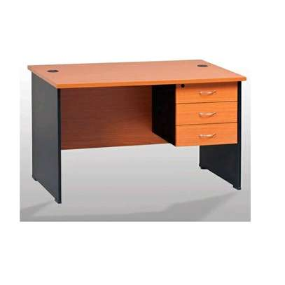 Executive quality office desk/ tables image 5