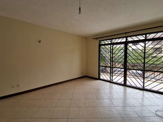AN EXCEPTIONAL 3 BEDROOM APARTMENT ALL ENSUITE WITH DSQ image 13
