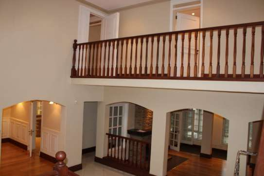 4 bedroom villa for rent in Kitisuru image 5