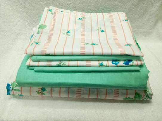 7  by 8 Boll & Branch Genuine Bedsheets with 1 Flat Sheet, 1 Fitted Sheet, and 4 Pillowcases image 2