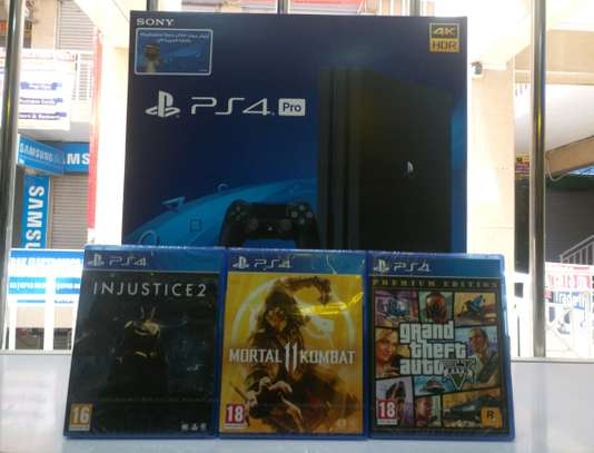 PS4 PRO 1TB With 3 Games - Injustice 2 ,Mk11 ,GTA 5