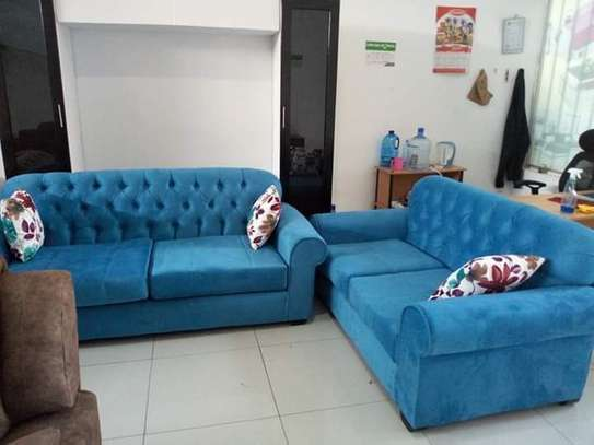 5 Seater Chesterfield Sofa Set. image 2