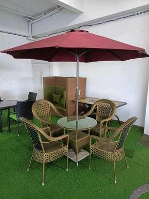 Outdoor set+ umbrella image 1
