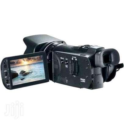 CANON VIXIA DIGITAL VIDEO CAMCORDER with HD CMOS PRO. image 2