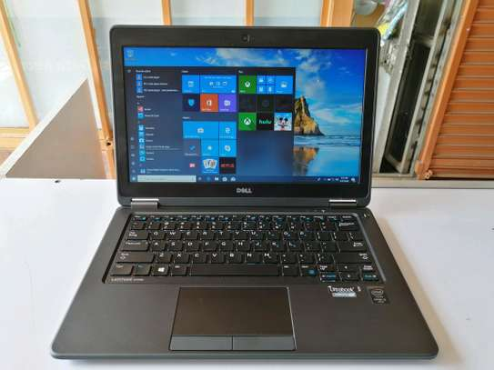 Dell Latitude E7250 UltraBook Core i5