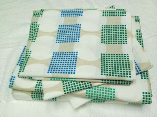 bed sheets blue and green boxed image 1