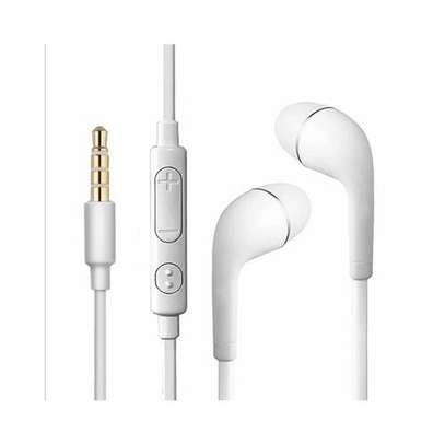 In-Ear Noise Isolating Earphones - White image 2