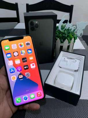 Apple Iphone 11 Pro Max Green [ 512 Gigabytes ] image 2