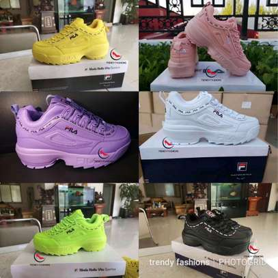 Ladies fila shoes image 1