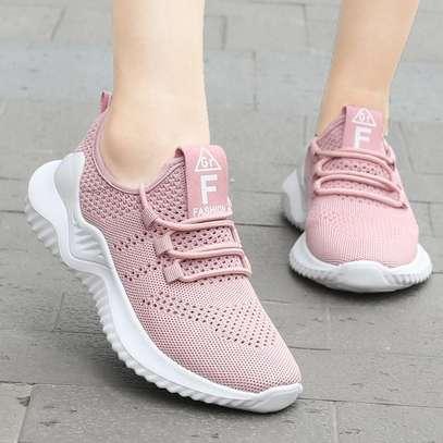 Women Flyknit shoes image 1