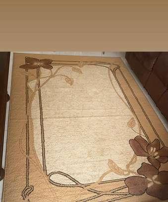Stylish living/bedroom carpet image 1