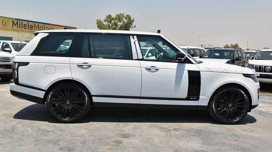 Land Rover Range Rover Vogue image 3
