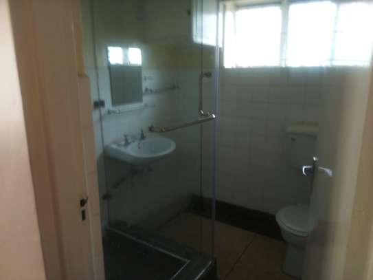 4 bedroom townhouse for rent in Rhapta Road image 6