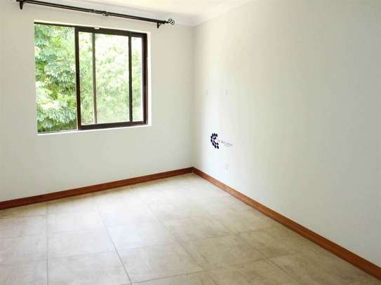 4 bedroom house for rent in Lavington image 20