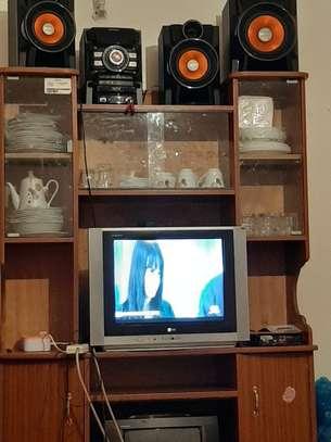 Tv wall unit image 3