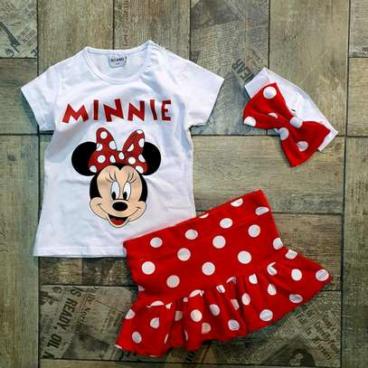 Baby clothes image 1