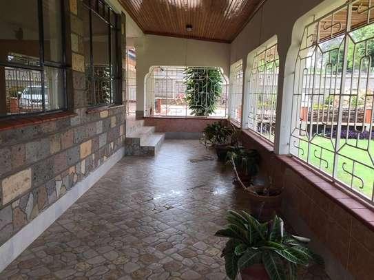 5 bedroom apartment for rent in Nyari image 20