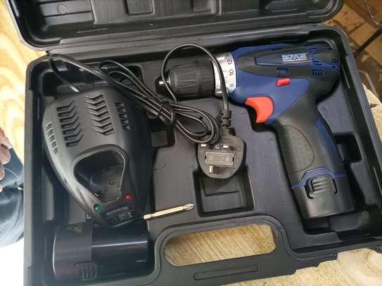 cordless drill image 2