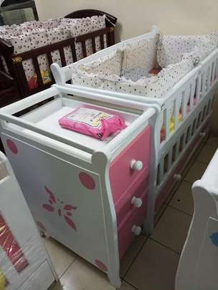 Baby Crib with Chest Drawers image 9