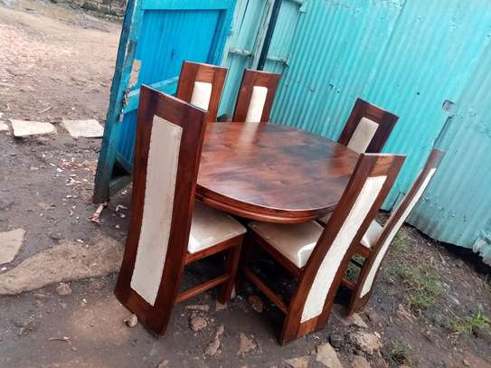 6 seater oval shape table image 1