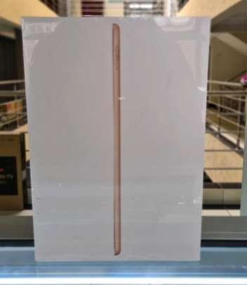 Apple 10.2-inch iPad (7th Gen) Wi-Fi 128GB image 1