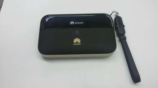 WLAN MIFI PORTABLE ROUTER 4G+300MBPS image 1
