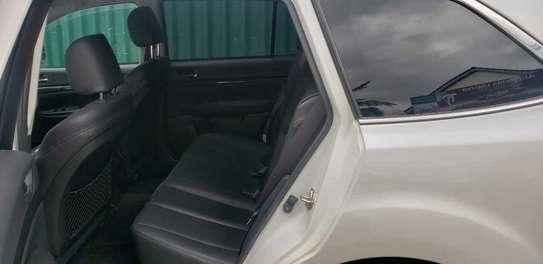 Subaru Legacy Outback image 5