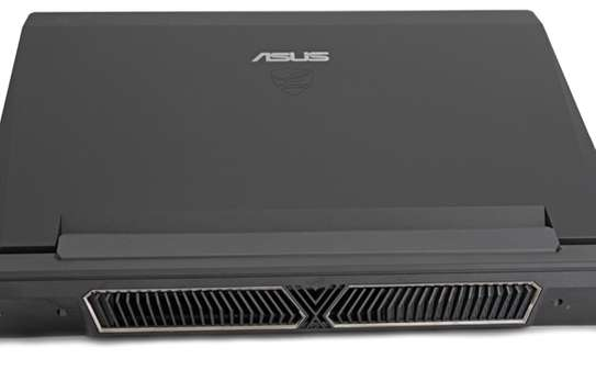 ASUS (Republic of Gamers) image 2