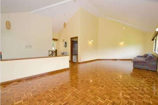 2 bedroom house for rent in Rosslyn image 2