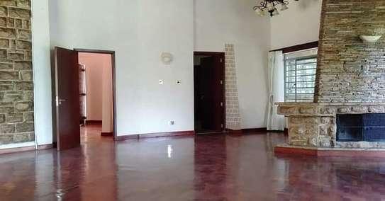 RENTED 3 bedroom property  House us located in Kitisuru image 7