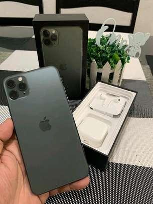 Apple Iphone 11 Pro Max Green [ 512 Gigabytes ] image 1