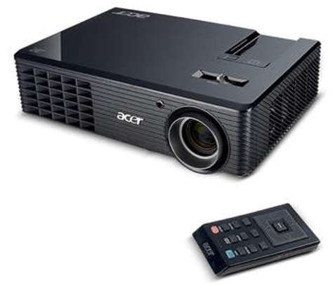 Acer projector x118h 3600 lumens with hdmi port image 1