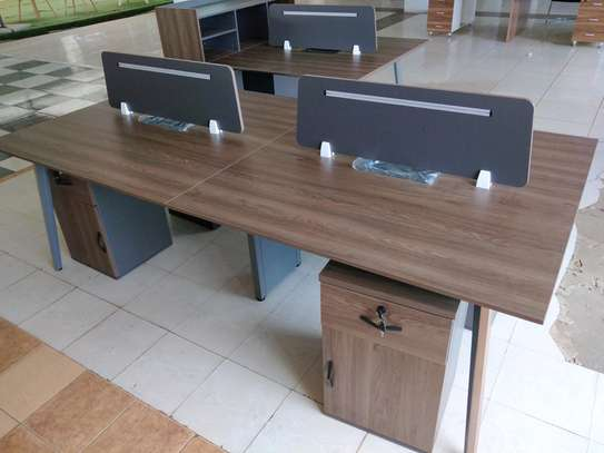 4way workstation with pin board dividers image 1