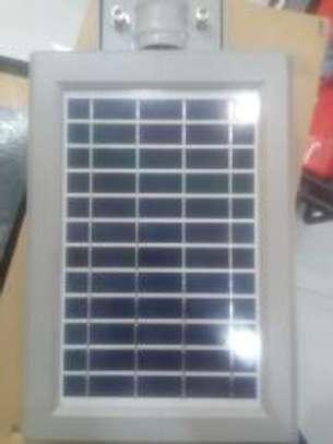 30watts solar streetlight image 2