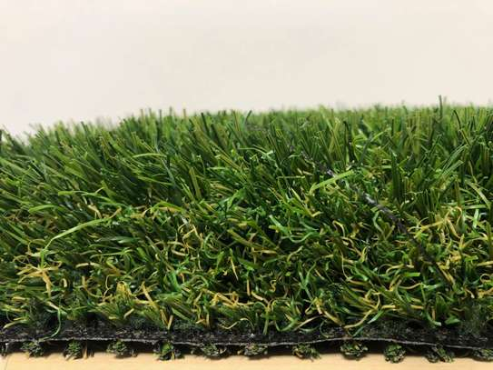 grass carpet influence on beauty and texture image 1