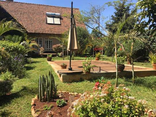 Furnished 4 bedroom house for rent in Runda image 4