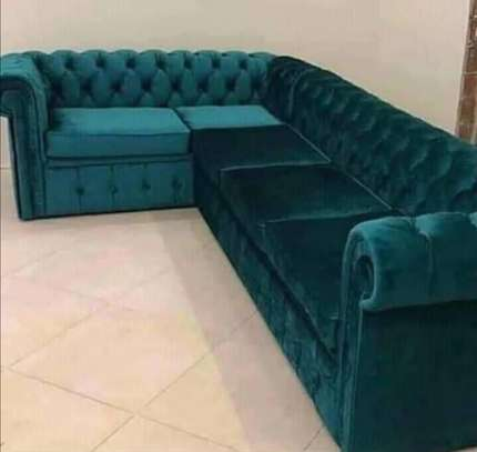 7 seater Chesterfield l-shaped Sofa image 1