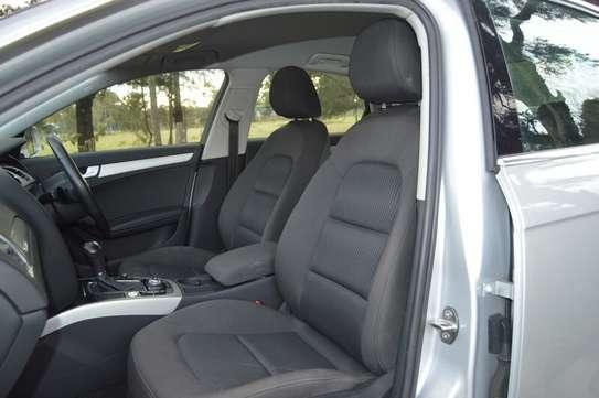 Audi A4 2.0T Premium Quattro Automatic image 11