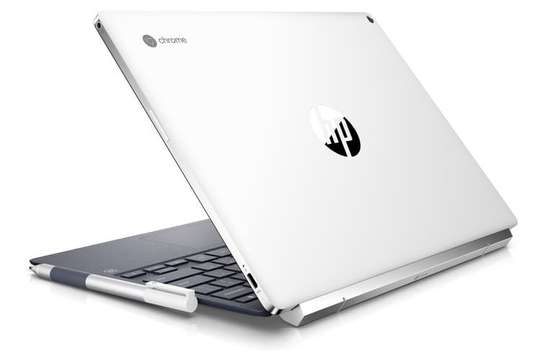 HP Chromebook x2 12 Laptop core M3-7Y30 8GB RAM 64GB SSD 12.3 Inch Touchscreen display Ceramic white finishing