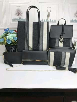 Trendy 5 in 1 handbags image 3