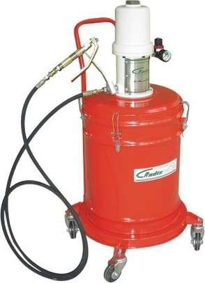 Pneumatic Grease Bucket image 1