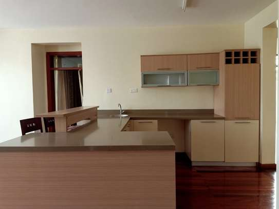 4 bedroom house for rent in Garden Estate image 5