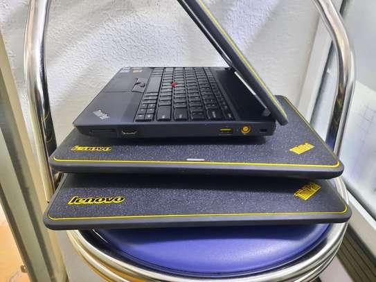 Lenovo ThinkPad X130e - Windows 10 64-bit - 4 GB RAM - 320 GB HDD image 1