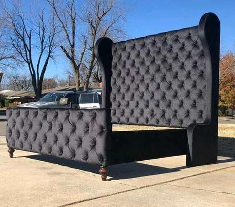 Queen size Chesterfield bed image 2