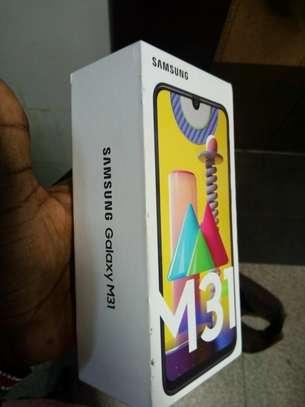 Samsung Galaxy M31 6gb 128gb image 2